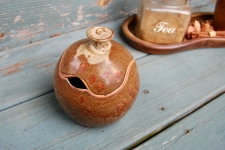 Round Sugar Bowl / Honey Jar in Brownstone